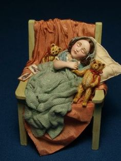 Gale Bantock's one of a kind Miniature Dolls | Features | Collectors Club of Great Britain