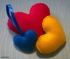 Chaveiro de coração em feltro #artesanato #decoração #feltro #pap #diy #tutorial #coração #decor #passopasso #façavocemesmo #chaveiro #molde #criativo #simples #dica #marrispe