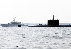 Six Royal Canadian Navy (RCN) warships sailed from Halifax earlier this week to participate in a Task Group Exercise (TGEX) off the Canadian Atlantic coast from November 25 to December 6.RCN units participating in the exercise include Her Majesty's Canadian Ships Iroquois, Ville de Québec, Halifax, Fredericton and Kingston, and Her Majesty's Canadian Submarine Windsor. The ships will be supported by CH-124 Sea King helicopters from 12 Wing Shearwater.