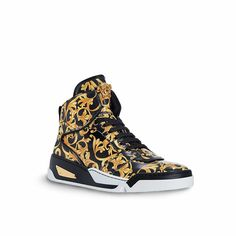 Versace Barocco sneakers in fine leather Versace Sneakers, Versace Shoes, Versace Men, Versace Loafers, Sneakers Mode, Custom Sneakers, Sneakers Fashion, High Top Sneakers, Fashion Shoes