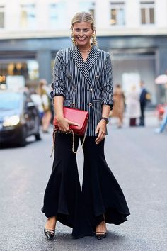 Fall 2017 | Loose Flares | Street Style #StreetStyle