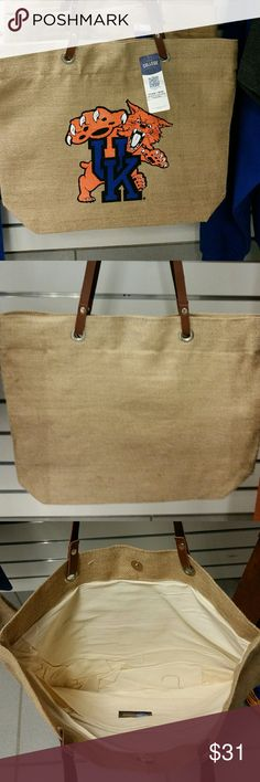 University of Kentucky Burlap Market Tote Genuine College Products, NCAA University of Kentucky Wildcats, Made of burlap, lightweight, with leather straps Bags Totes