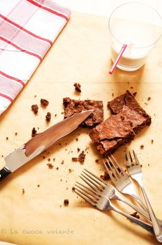 Brownies al cioccolato di Nigella con cioccolato fondente e zucchero di canna #ratingval# from #reviews# reviews Print Recipe Type: Dolci Author: Germana Prep time: 20 mins Cook time: 30 mins Total…