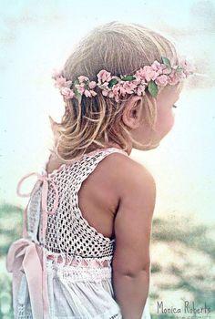 Little girl's pink flower crown corona halo ❀Flower ❀ Girls❀ Flower Girls, Flower Girl Dresses, Flower Crowns, Precious Children, Beautiful Children, Flowers In Hair, Pink Flowers, Pink Roses, Easter Colors