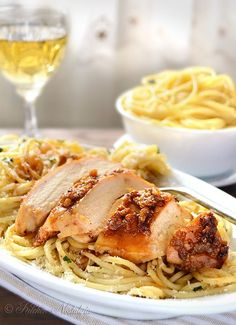Garlic Butter Spaghetti and Chicken - garlic crusted juicy chicken breast with spaghetti in butter sauce - easy meal in no time - kitchennostalgia.com by FutureEdge