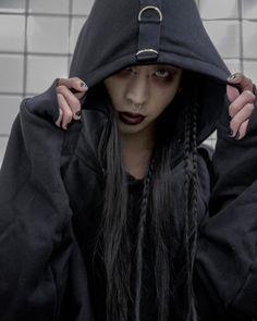 Good Nite . . . #model#asianmodel#japanesemodel#tokyo#photography#hairmake#makeup#blackhair#ootd#instagood#vscocam#fashion#fashionmodel#styling#モデル#撮影#コーディネート#サロン#ヘアスタイル#写真#ファッション#黒髪#スタイリング#オシャレさんと繋がりたい #カメラ好きな人と繋がりたい #メンズファッション #ストリートファッション