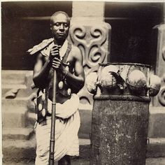 Man from Ashanti with drum. :: International Mission - note belt and gold medallions Photography Archive, Colonial, Usc Library, University Of Southern California, Drummers, African Hairstyles, Black Power, Ivoire, Photo Look, Historia
