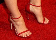 Holland Roden's feet Foot Pics, Feet Soles, Celebrity Feet, Latest Pics, Sexy Feet, Holland, High Heels, Sandals, Celebrities