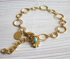 Gold Plated Links Bracelet With Hamsa Pendant-Evil Eye Jewelry-Gold Bracelet-Statement Jewelry-Hamsa Jewelry