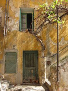 ysvoice: | ♕ | La maison rustique en Provence | by © Jeannette Johnston
