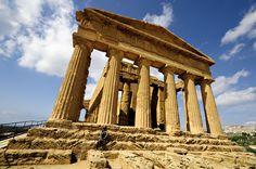 Temple de la Concorde de la Vallée des Temples d'Agrigente en #Sicile #Sicily #Italy #Italie