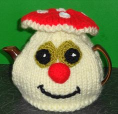 happy mushroom hand knitted and crocheted by peerietreisures