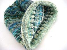 Elizabeth Zimmerman Very Warm Hat   Flickr -Virginia Tullock (fatcatknits)