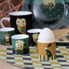 Beach hut chine tasses /& coquetiers-lot de 4 coffret cadeau tasses /& matching eggcups