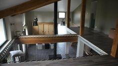 Le filet d'habitation est prêt à être utilisé, il ne manque plus que les deux rambardes prévues pour sécuriser la mezzanine.
