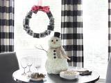 How to Make a Carnation Snowman Centerpiece