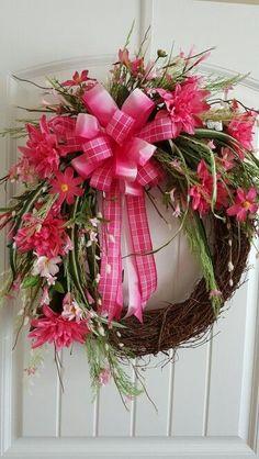 15 Wreath Ideas for Summer - 11.Flower Wreath - Diy & Crafts Ideas Magazine