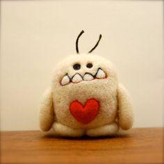 Deluxe Cashmere Yeti Valentine's Day Love Monster door asherjasper