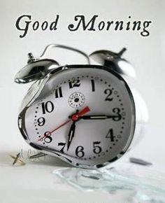 jeg kan godt li den måde uret er formet på- det smeler- det er træls at stå op om morgenen