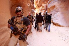 Doing jobs for the unthankful is common territory. United States Secret Service CAT (Counter Assault Team) members patrolling the ancient Petra ruins in Jordan during a visit by President Obama to view the historical site. Military Special Forces, Military Police, Military Art, Delta Force Operator, Tactical Training, Tactical Gear, United States Secret Service, Close Protection, Shots