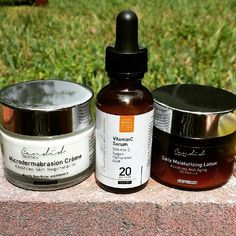 Getting our #summer glow ready with our #Vitaminc anti aging #skincare set!