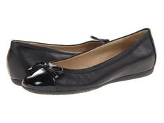 Geox - D Lola 16 (Black Leather) Women's Flat Shoes
