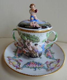 Best Quality Capodimonte Porcelain Lidded Cup and Saucer with Mythical Scene