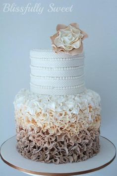 gorgeous cake. my dream wedding cake. in love.