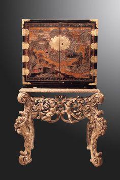 Cabinet Coromandel lacquer  China - XVII century