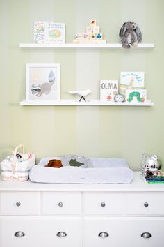 #nursery, #shelf, #changing-table  Photography: Canary Grey Photography - canarygrey.com/  View entire slideshow: 20 Traditional Nursery Ideas on http://www.stylemepretty.com/collection/398/
