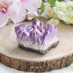 Amethyst /& Ylang Ylang Zodiac Aquarius Crystal Candle