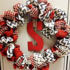 Burlap wreath- Christmas present