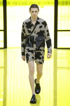 Neil Barrett Spring 2019 Menswear Milan Collection - Vogue