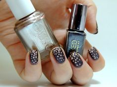 Dots are falling...- Urban Decay Hustle - Essie Penny Talk - Dots manicure