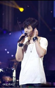 ‎[Foto] Hyun Joong – Official Mobile Site Update
