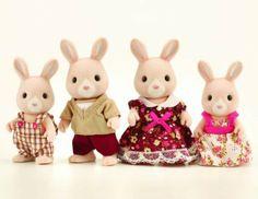 Sylvanian Families Champagne Rabbit Family: Amazon.co.uk: Toys & Games £10.31