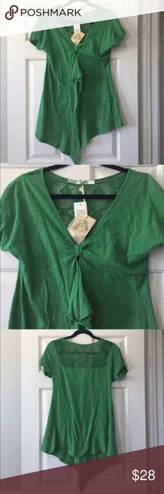 Kelly green top 100% cotton top by Gibson. NWT. Crochet back neckline and flowy ruffle front seam. Gibson Tops Tees - Short Sleeve