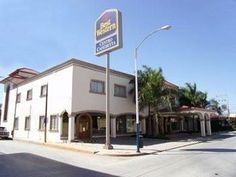 Cadereyta Jimenez Best Western Centro Cadereyta Mexico, North America The 4-star Best Western Centro Cadereyta offers comfort and convenience whether you're on business or holiday in Cadereyta Jimenez. The property features a wide range of facilities to make your stay a pleasant experience. Take advantage of the hotel's free Wi-Fi in all rooms, car park, room service, business center, restaurant. Air conditioning, desk, mini bar, alarm clock, telephone can be found in selected...