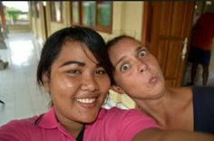 Local coordinator Putu alongside intern Kate taking a selfie. #goofie