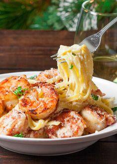 Crispy cajun shrimp fettuccine with homemade creamy sauce and jumbo shrimp that are coated in a homemade cajun spice. Crispy cajun shrimp fettuccine with homemade creamy sauce and jumbo shrimp that are coated in a homemade cajun spice. Cajun Recipes, Fish Recipes, Seafood Recipes, Pasta Recipes, Italian Recipes, Great Recipes, Cooking Recipes, Favorite Recipes, Haitian Recipes