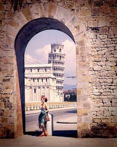 1951 Vintage Italy Image of Leaning Tower of Pisa by eeBeeVintage, $28.99