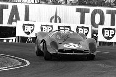 Ferrari330 P4 Scalextric #20 - 24 heures du Mans 1967