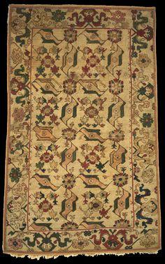 Bird Ushak carpet, 17th century, Philadelphia Museum of Art  Dimensions: 6 feet 6 1/2 inches x 3 feet 10 1/2 inches (199.4 x 118.1 cm)