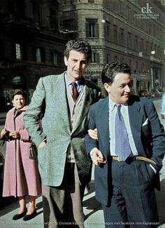 Mikis Theodorakis and Manos Hadjidakis in 1954 Greece Pictures, Old Pictures, Old Photos, Greek Independence, Greece History, Trendy Fashion, Vintage Fashion, Greek Music, Big Men