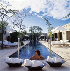Super Luxury Lodge Royal Malewane is situated on a private reserve within the greater Kruger National Park Area of South Africa. Experience this super luxury with African Welcome   http://www.africanwelcome.com/kruger-national-park/private-game-lodges-timbavati-kruger-national-park/royal-malewane-timbavati-accommodation
