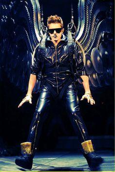 So georgeus in leather