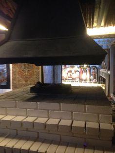 Koselig sted for bål varme innendørs