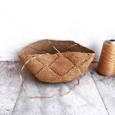 Crochet Clutch Pattern, Crochet Mittens Free Pattern, Crochet Patterns, Granny Square Bag, Crochet Classes, Crochet Purses, Crochet Bags, Striped Bags, Art Bag