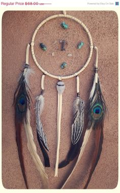 Love dreamcatchers... i think this would be a great element for a gallery wall