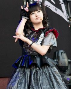 The last one was meant to be ny last post for the night but i decided itd be better to end on the best member of Babymetal #babymetal #yuimetal #mizunoyui #yuimizuno
